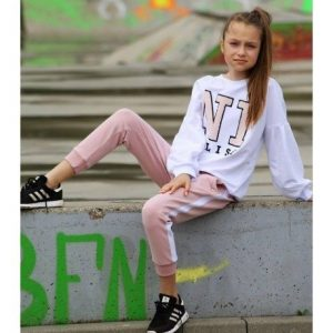 Biała bluza n1
