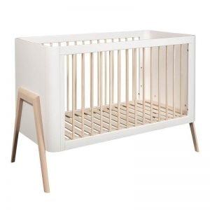 Łóżeczko dziecięce torsten 120×60 troll nursery (k. biały + nat. drewno)