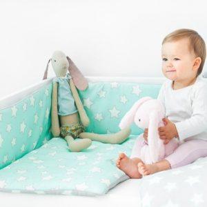 Ochraniacz do łóżeczka – grey & mint stars