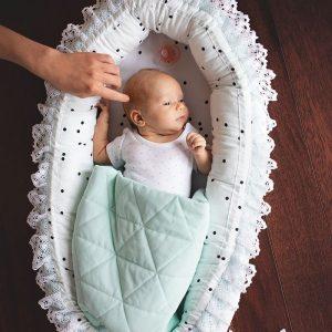 Kokon / gniazdko niemowlęce triangles aquamarine